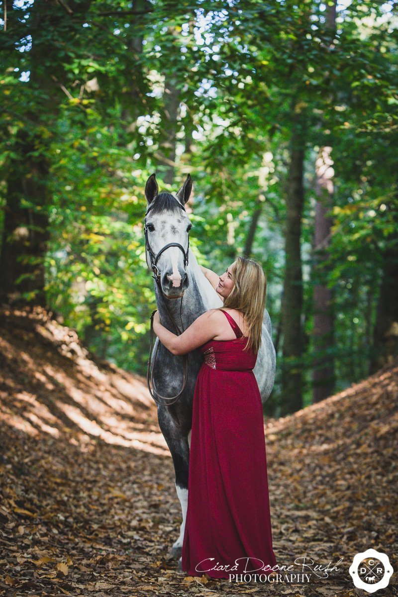 a horse and rider photo shoot in delamere forest