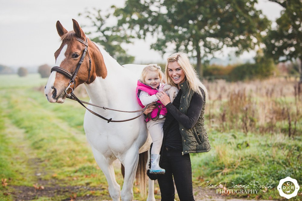 On the 9th Day of Christmas I give you; Kayleigh & Kinvara's Mother, Daughter and Horse Photo Shoot!