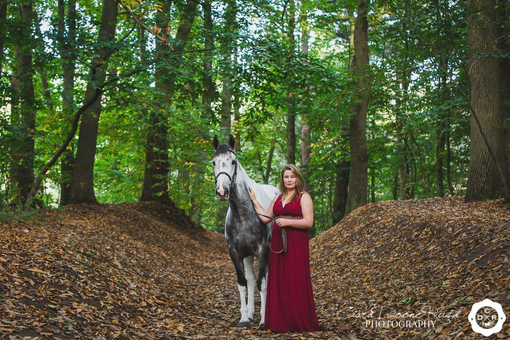 autumn horse and rider photo shoot in delamere forest