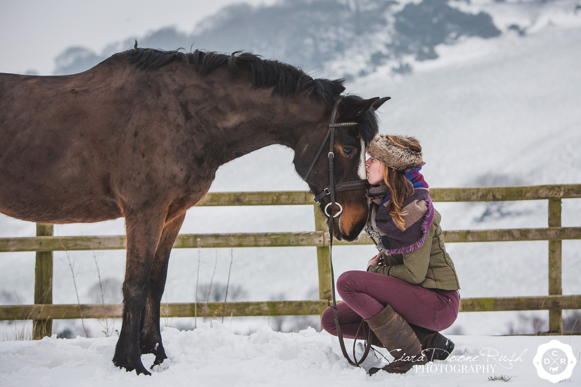 A Snowy Horse & Rider Photo Shoot with Laura Cocking