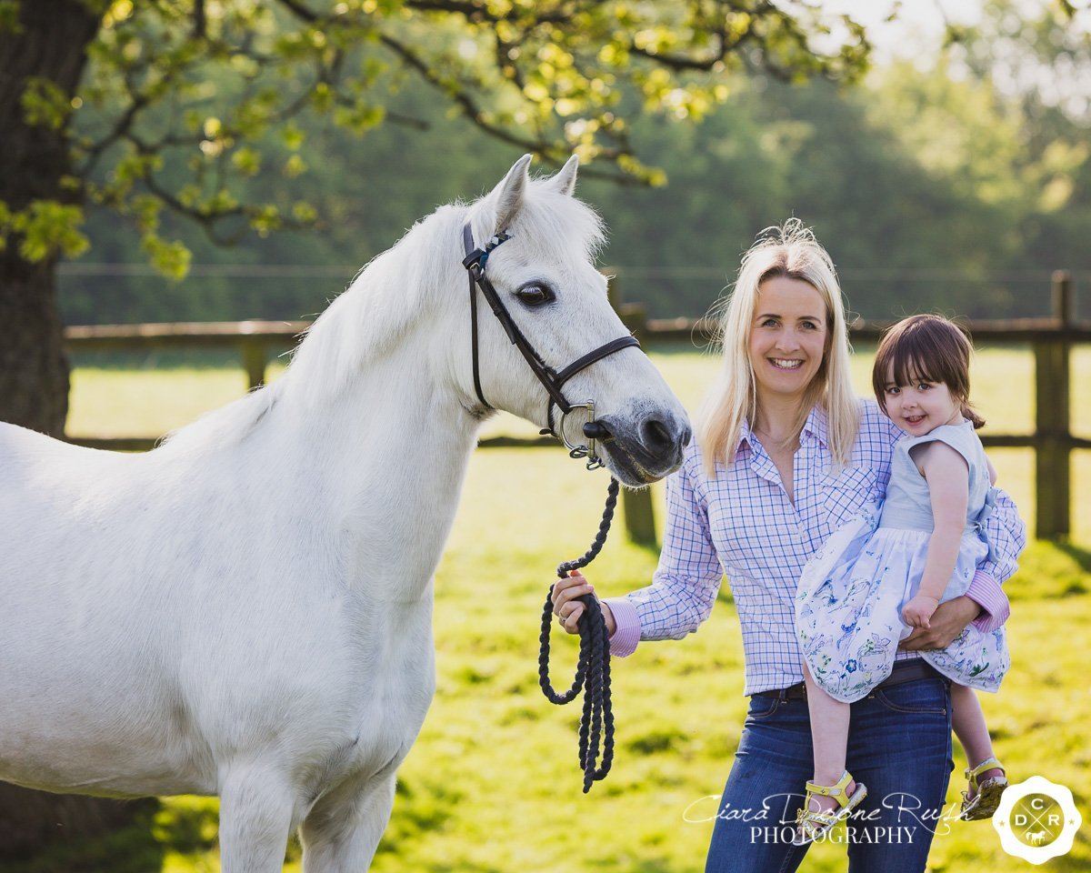 Lisa's Mum, Daughter & Pony Photo Shoot // May 2018