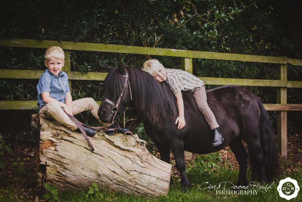 kids and ponies photo shoot Cheshire
